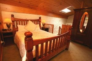 Book 3 or more consecutive nights to receive a 15 discount